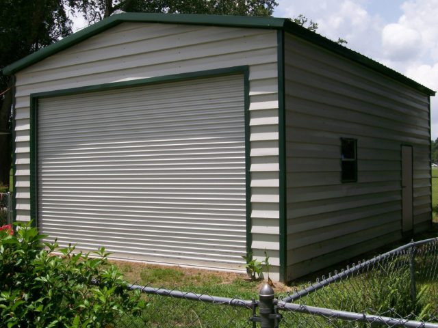 18x25 custom lap siding garage