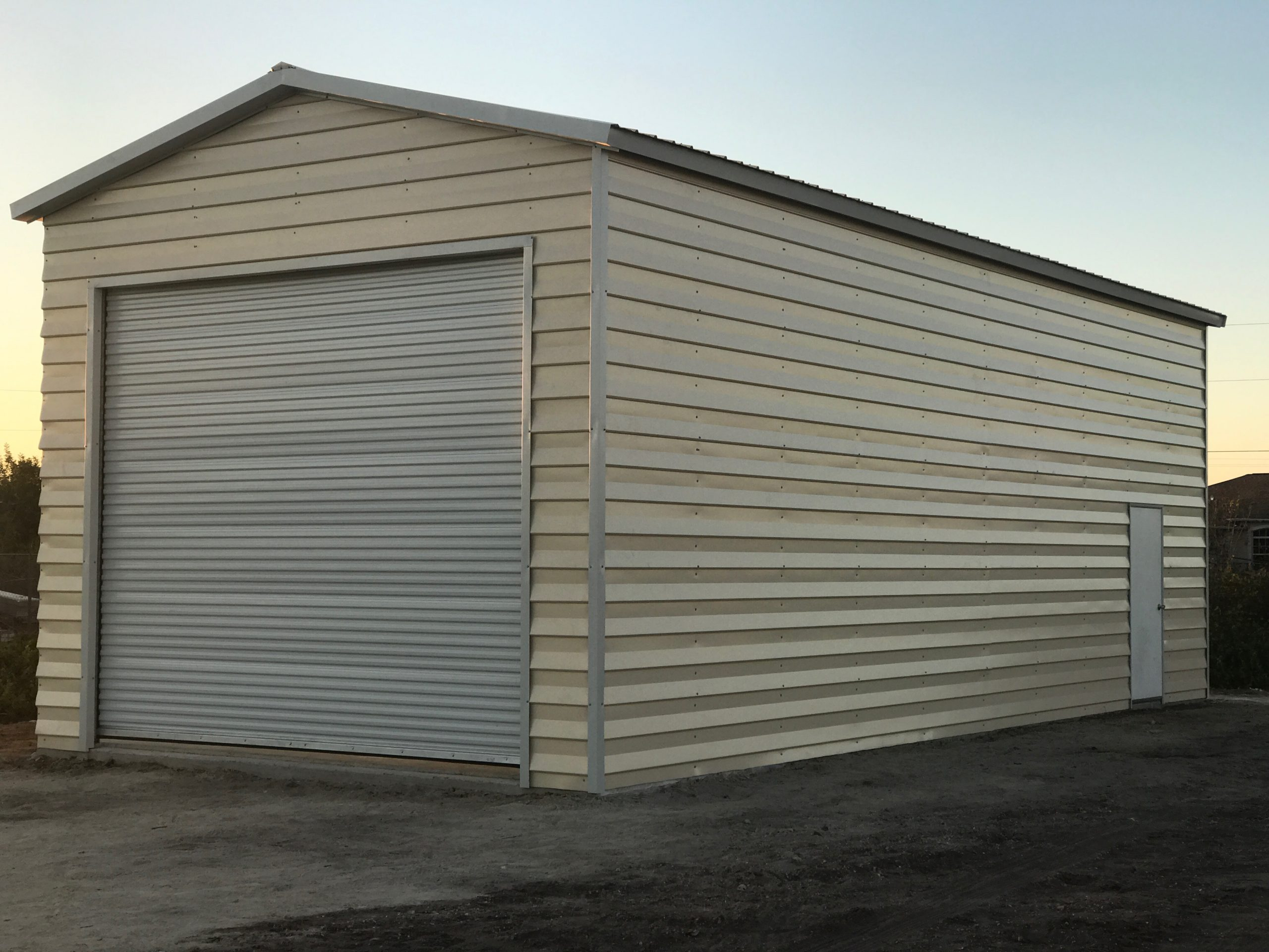 20x40 custom lap siding garage